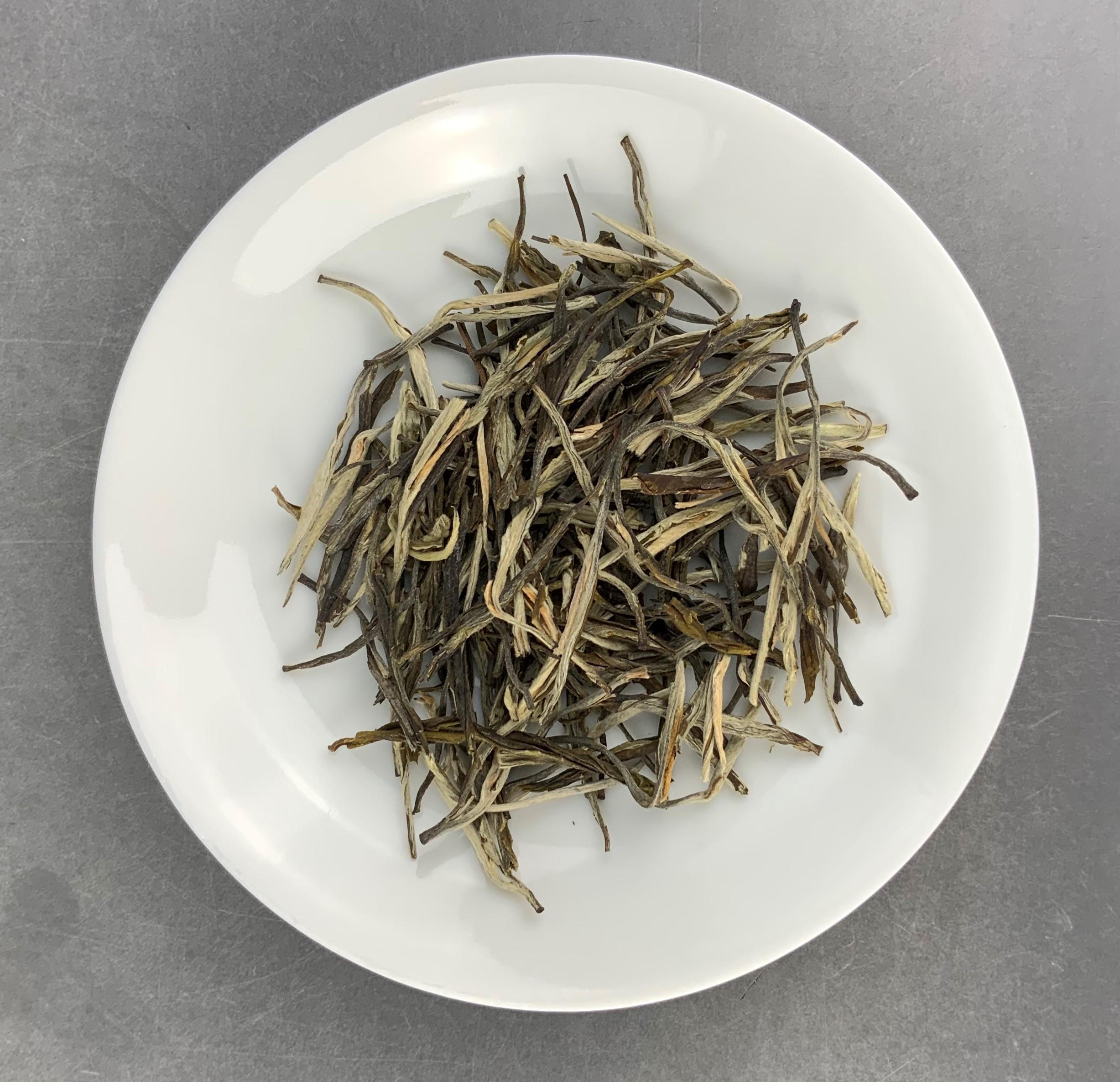 "China Weißer Bio Tee ""Yin Zhen Silbernadel"""